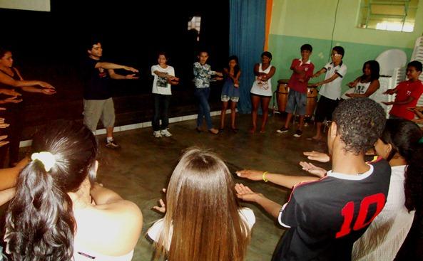 Projeto Infância Roubada - Grupo de Teatro de Capelinha Anim'Art - Banco do Nordeste