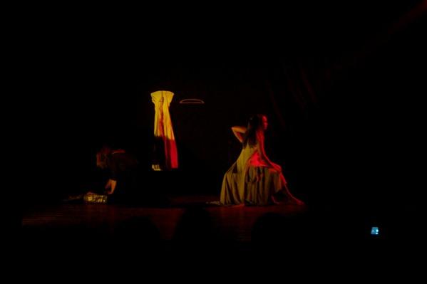"""Espetáculo """"Em Algum Lugar"""" - Grupo InCena Teofilo Otoní- Foto: Reginaldo Rodrigues"""