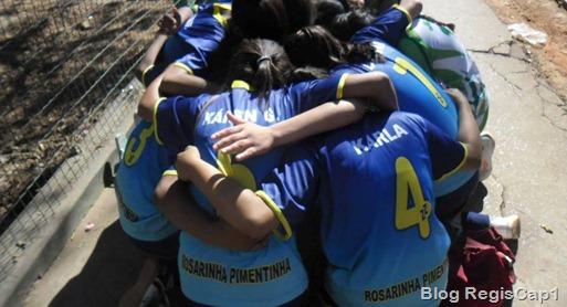 Equipe do Futsal Feminino da E. E. Profª Rosarinha Pimentinha