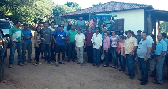 Entrega do Trator - Foto Prefeitura Municipal de Capelinha