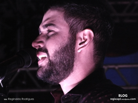 Gusttavo Lima - FESTA DO CAPELINHENSE AUSENTE 2015 (33)
